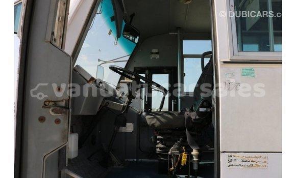 Buy Import TATA Xenon White Car in Import - Dubai in Malampa