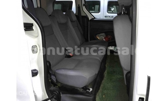 Buy Import Peugeot Partner White Car in Import - Dubai in Malampa