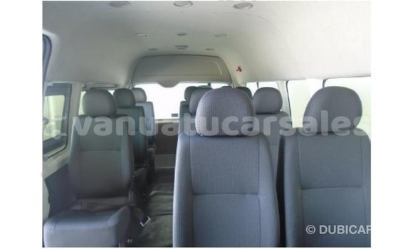 Buy Import Toyota Hiace White Car in Import - Dubai in Malampa