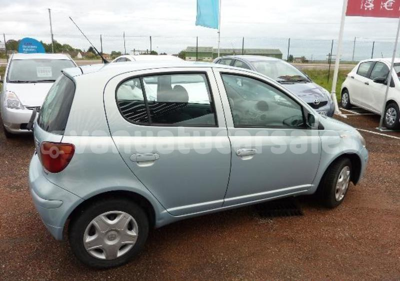 Big with watermark yaris1