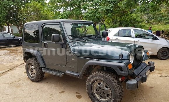 Buy Used Jeep Wrangler Green Car in Sola in Torba