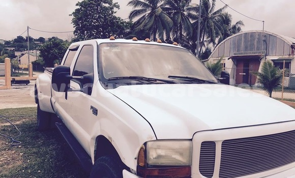 Buy Used Ford F–150 White Car in Aore in Sanma