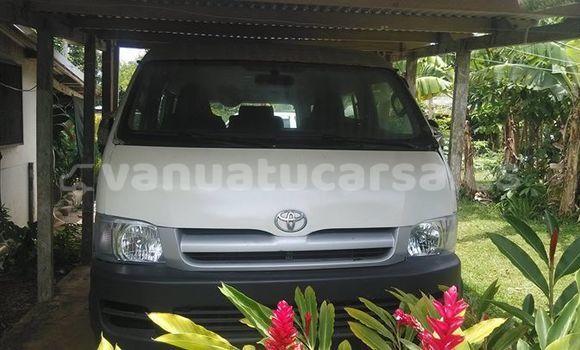 Buy Imported Toyota Hiace White Car in Port Vila in Shefa