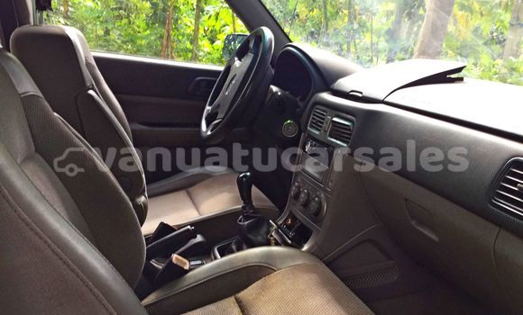 Medium with watermark subaru forester peled interior 04