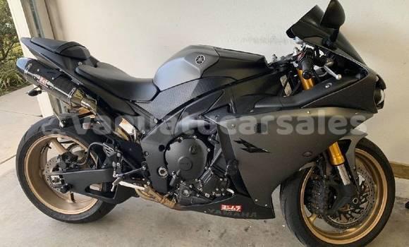 Buy Used Yamaha R1 Black Bike in Burumba in Shefa