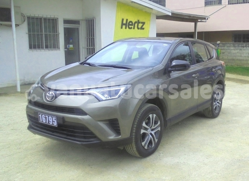 Big with watermark toyota rav4 shefa port vila 493