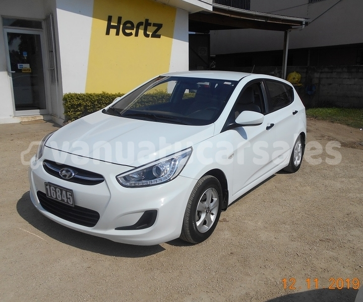 Big with watermark hyundai accent shefa port vila 497