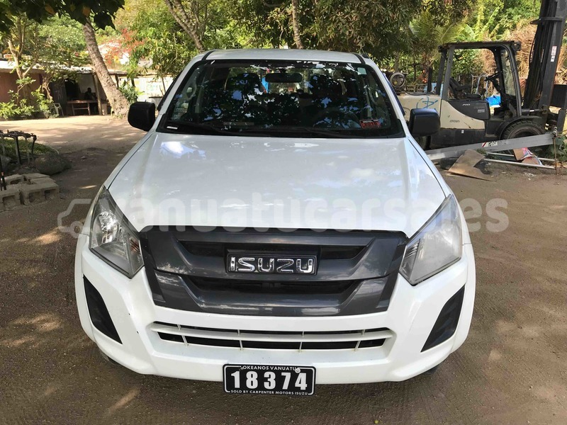 Big with watermark isuzu d%e2%80%93max shefa port vila 500