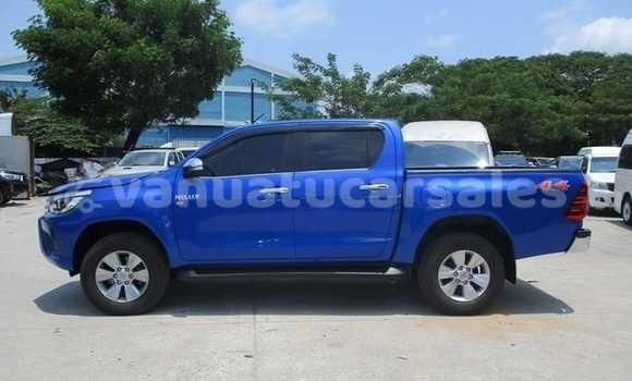 Medium with watermark toyota hilux penama bunlap 510