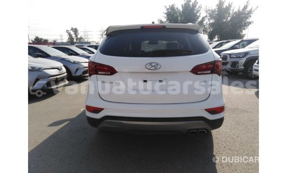 Buy Import Hyundai Santa Fe White Car in Import - Dubai in Malampa